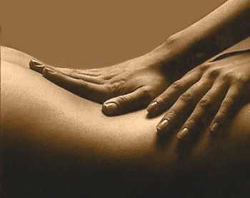 comment faire un massage du dos sensuel Vernon
