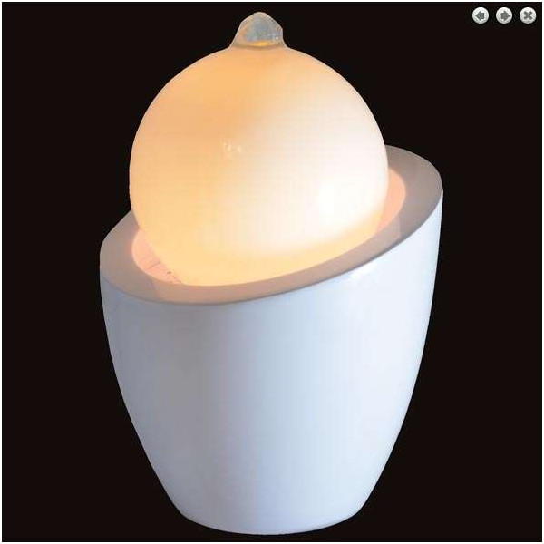 Fontaine design lumineuse AUSTRIA : Lampe + Fontaine